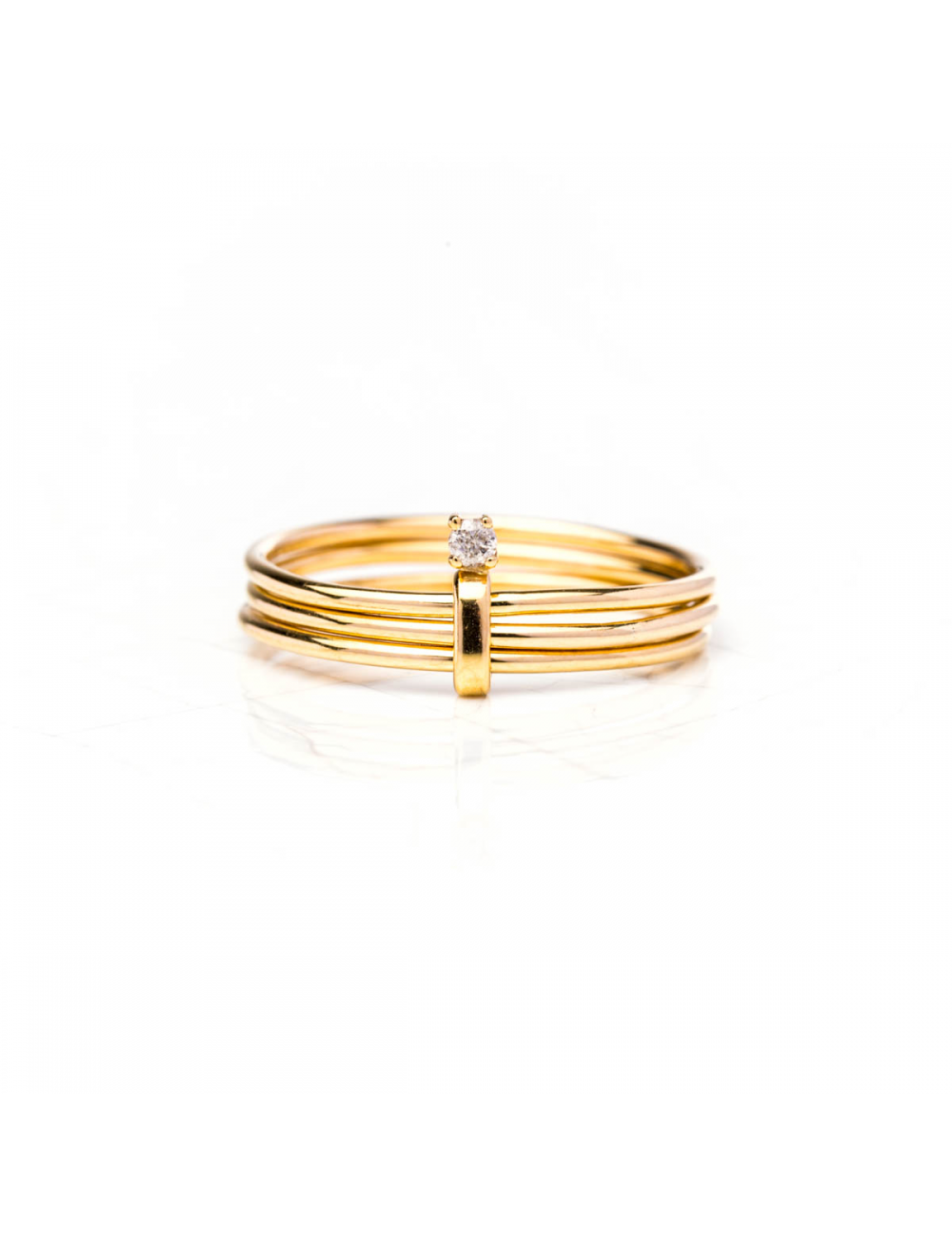 Bague semainier, sertie d'un diamant de 0.02 carat , Or jaune ou Or blanc, 9 carats